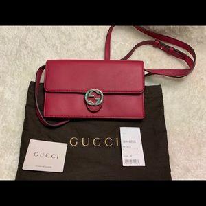Brand new Gucci Crossbody in Petunia
